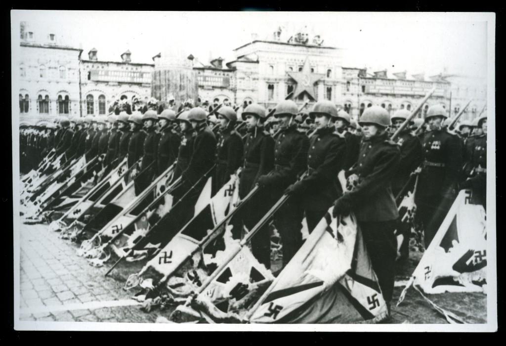 parade1945-3