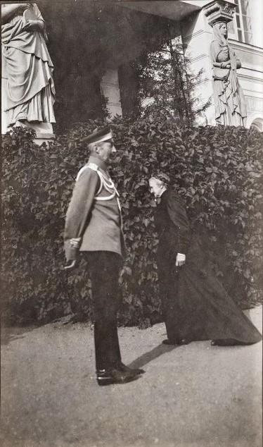 Великий князь Константин Константинович и Прасковья Сергеевна Уварова в Поречье. В.Ф. Уварова. 1912 г.