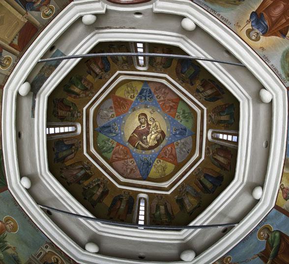 Голосники в церкви святых Киприана и Иустины
