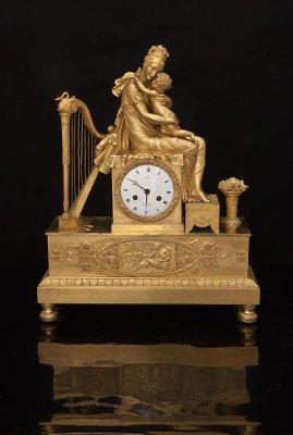 """Часы каминные """"Мария-Луиза с сыном, Наполеоном II"""" Часовая мастерская Жана-Антуана Лепена. 1812-1813 гг."""