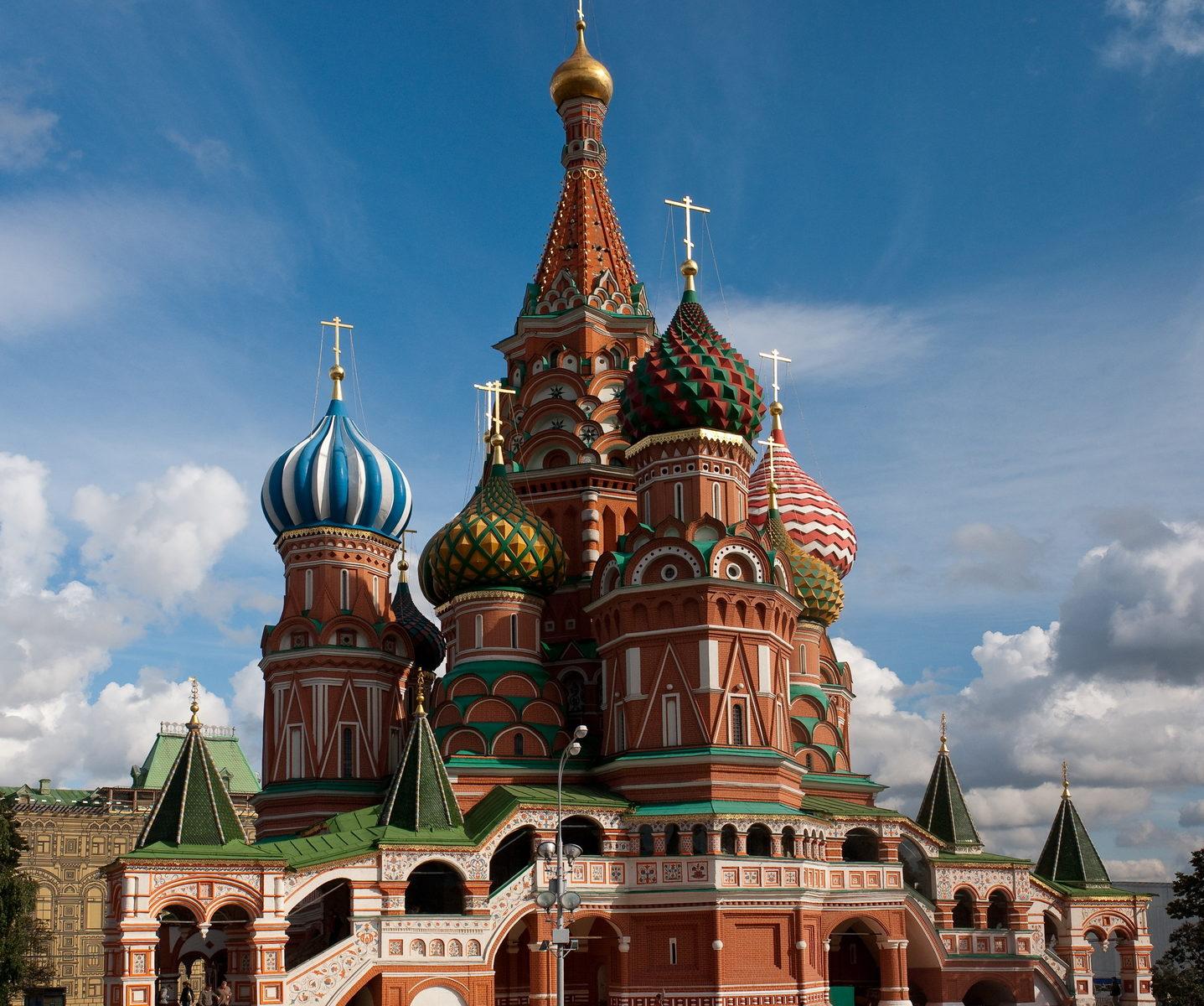 Покровский собор с северной стороны