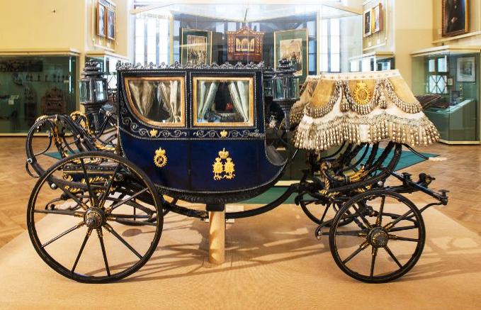 Карета детская. Принадлежала детям императора Александра II. Т.М. Орловский. Россия, Москва. около 1847 г.