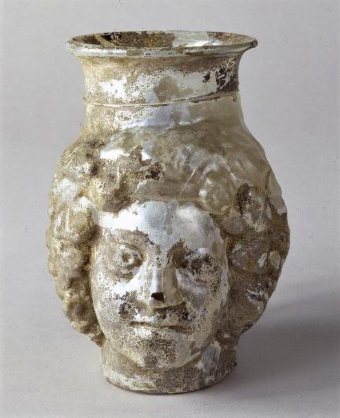 Кружка в виде головы Диониса. Середина - вторая половина II в. н.э.