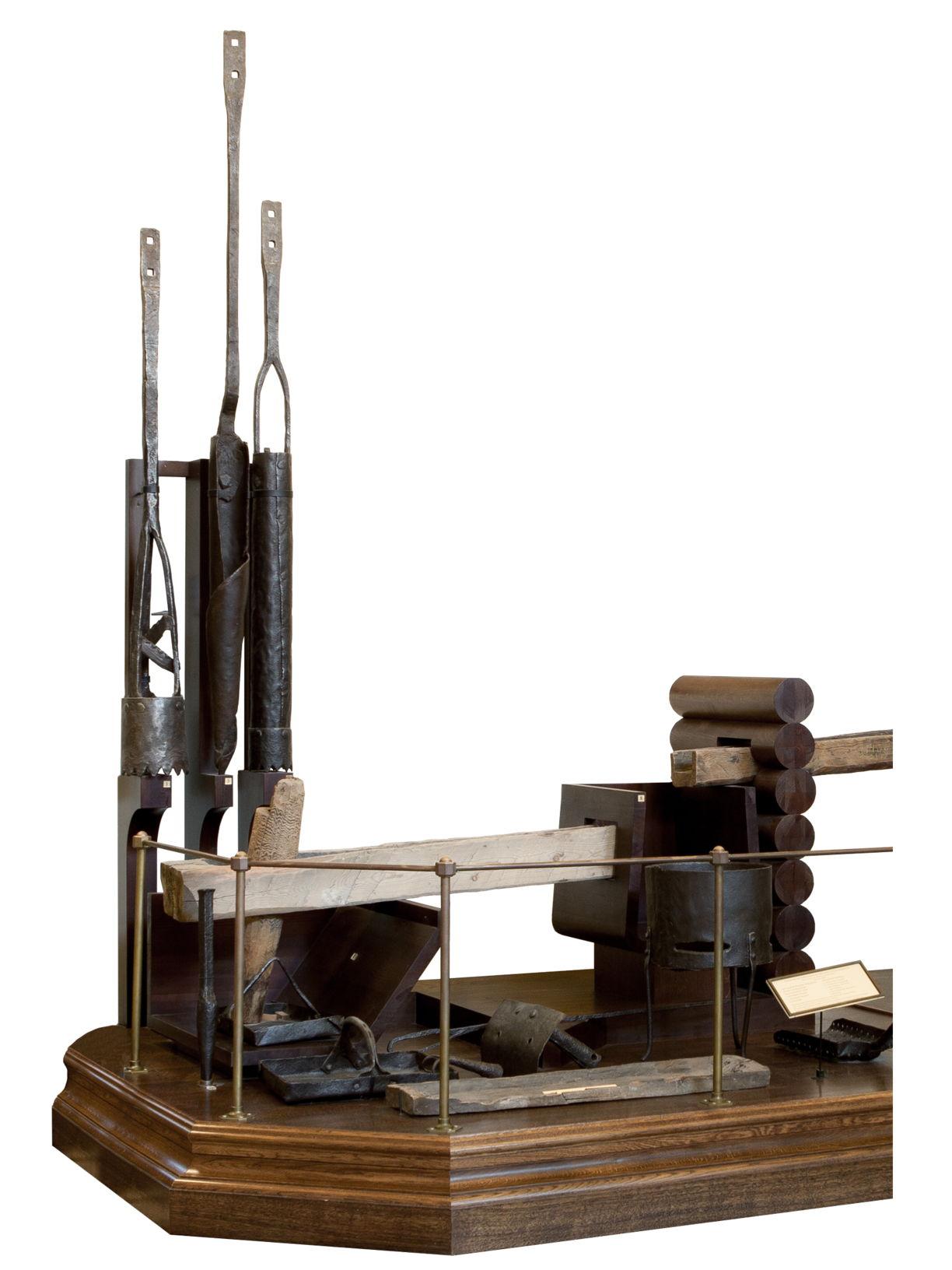 Инструменты для бурения скважин Фрагмент экспозиции