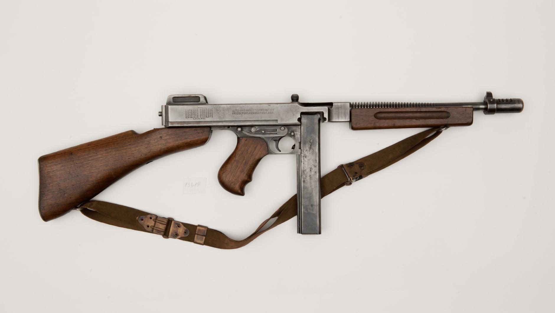 Пистолет-пулемет Томпсон образца 1921 г. Бричпорт. Коннектикут.США. Первая половина ХХ века