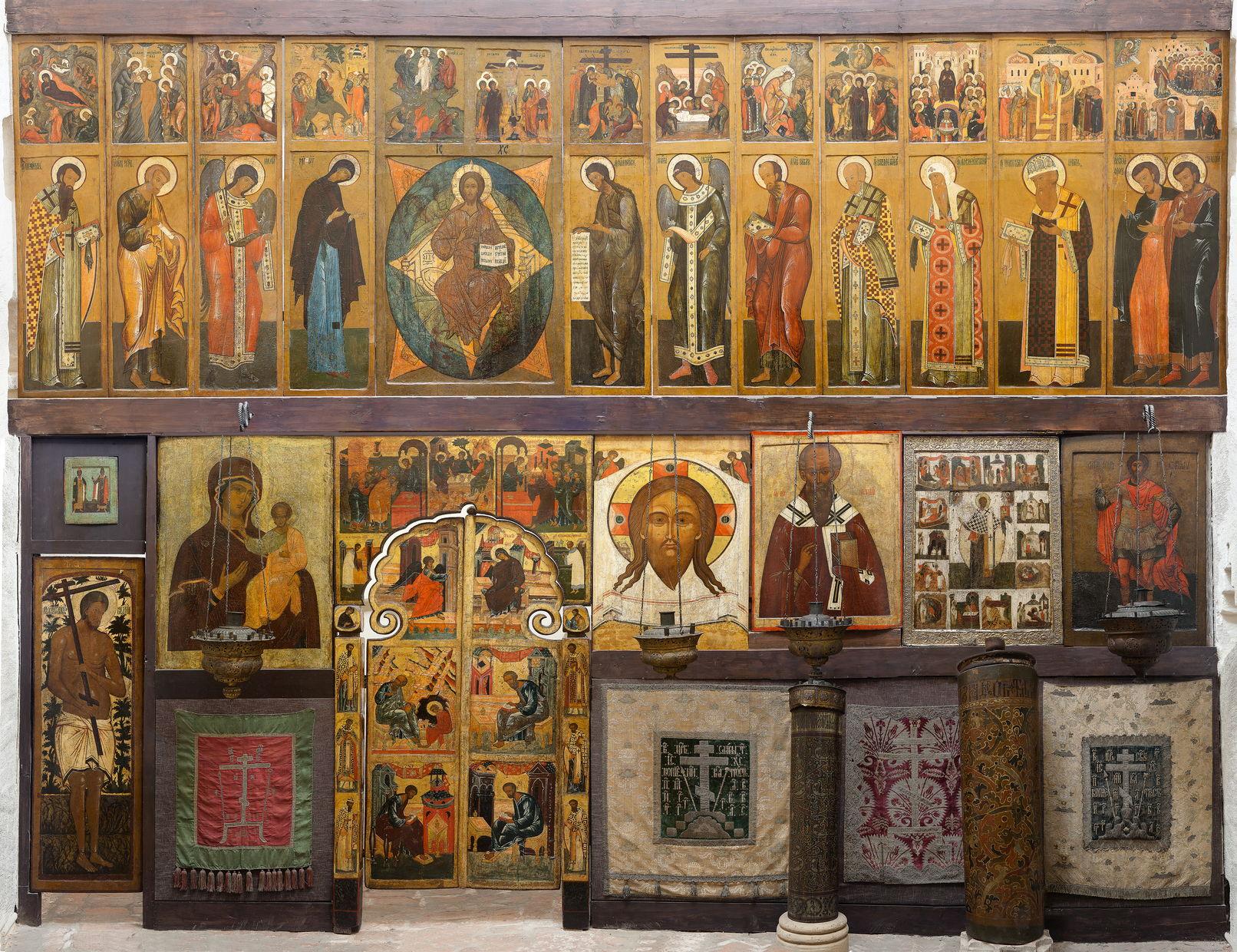 Иконостас церкви Григория Армянского Покровского собора