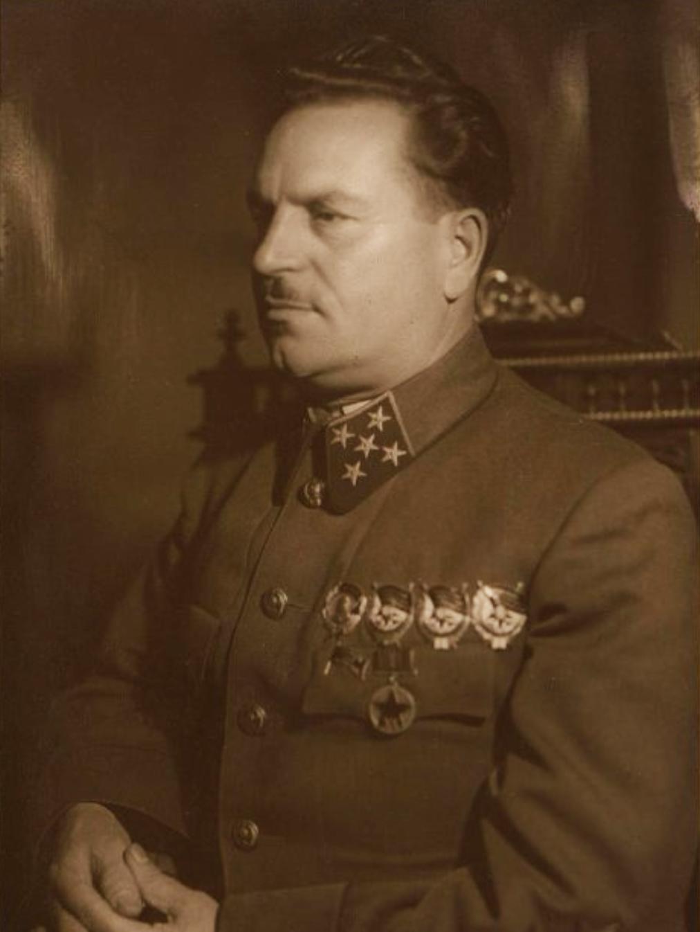 Тюленев Иван Владимирович, генерал армии. Наппельбаум Моисей Соломонович. 1940 г.(?)