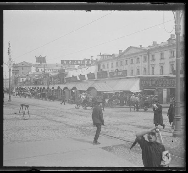 Охотный ряд - от Тверской ул. Губарев А.А. Съемка 1912 г.