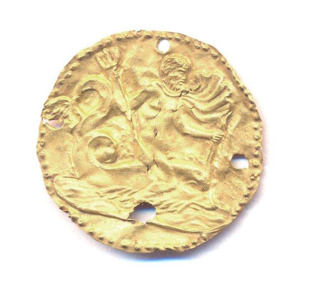 Бляха круглая с изображением Посейдона на дельфине. Первые века н. э. Российская империя, Таврическая губ., г. Керчь (?)