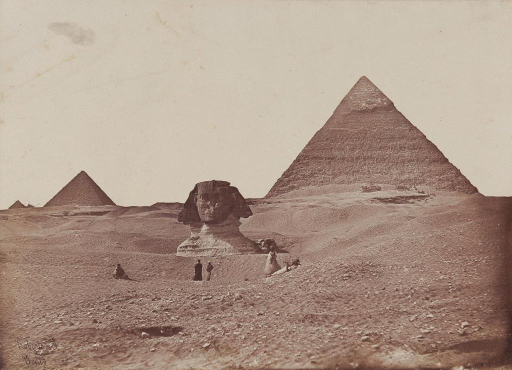 Египет. Пирамиды и Большой сфинкс в Гизе. Фотоателье «Robertson&Berto», конец 1850– х– 1860– е гг.