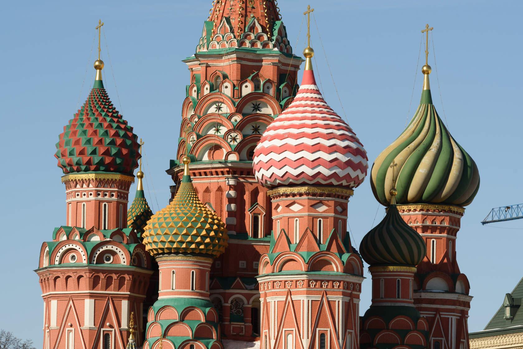 Главы Покровского собора
