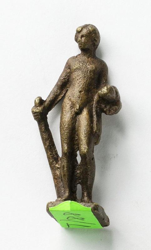 Бронзовая статуэтка Геракла с палицей в правой руке. I–II вв. н. э.