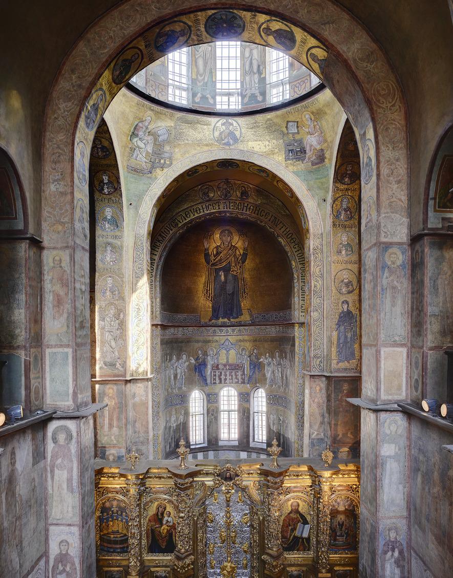 Вид на главную апсиду Софийского собора в Киеве. Мозаики 1030–1040-х годов